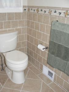 postorivo-contractors-bath-img-maple-glenn-master-bath-03
